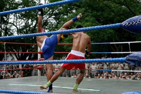 Giải Muay Thái diễn ra tại Thái Lan
